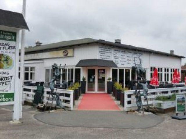 STRANDLYST cafe & restaurant
